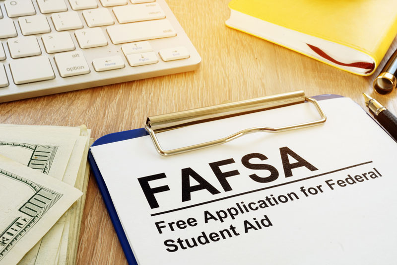 Three FAFSA Tips to Help Los Angeles Taxpayers Get Their High School Grads Ready for College